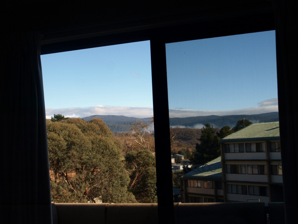 Jindabyne apartment with mountain views